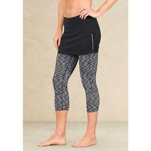 Athleta 2-in-1 Yoga Skirt Capri [Pants]